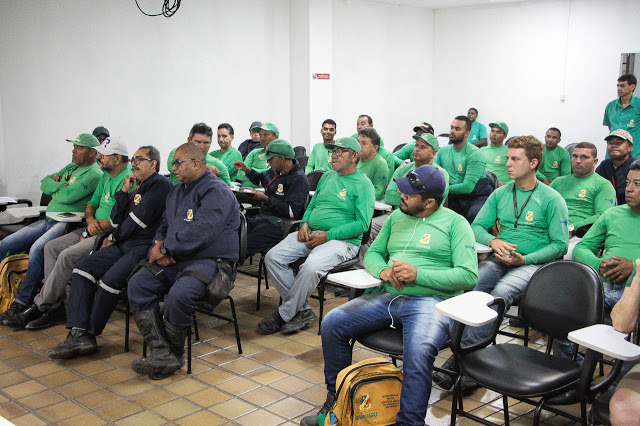 Agentes de Endemias de Caruaru passam por atualização técnica