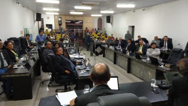 Vereadores criticam Prefeitura de Caruaru e Governo do Estado durante reunião