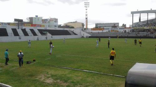 Central vence o Altos-PI em Caruaru pela Série D