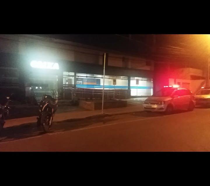 Ladrões invadem agência da CEF em Caruaru