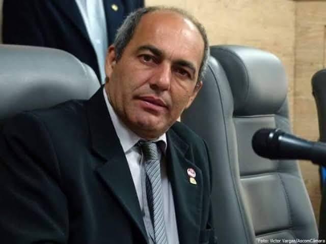 PCdoB oficializa expulsão do vereador Edmilson do Salgado