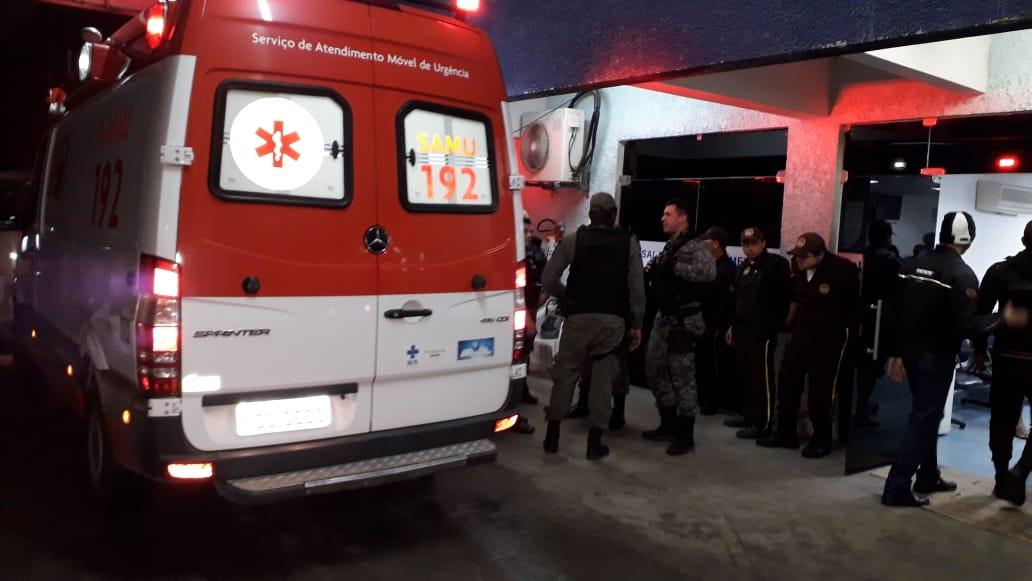 Policial reage a assalto e dois suspeitos são baleados; Vigilante é baleado em tentativa de assalto em Caruaru