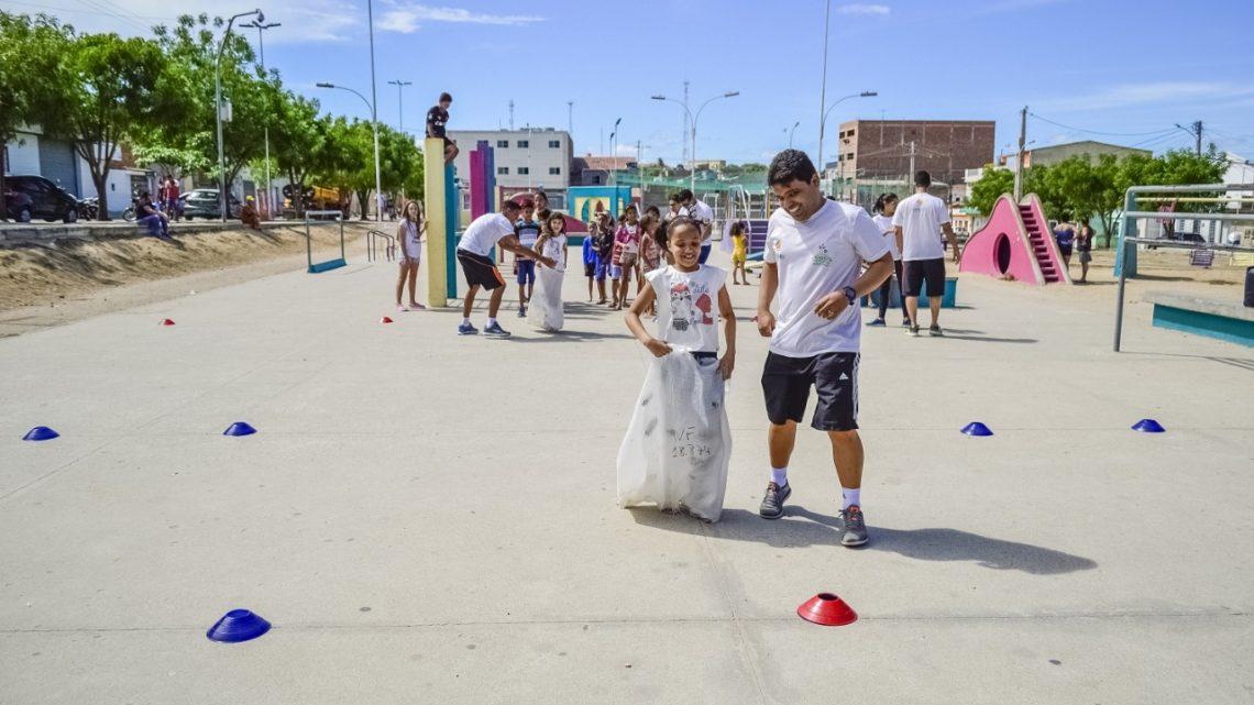 Projeto Caruaru Brincando nas Férias segue para os bairros São Francisco e Rendeiras