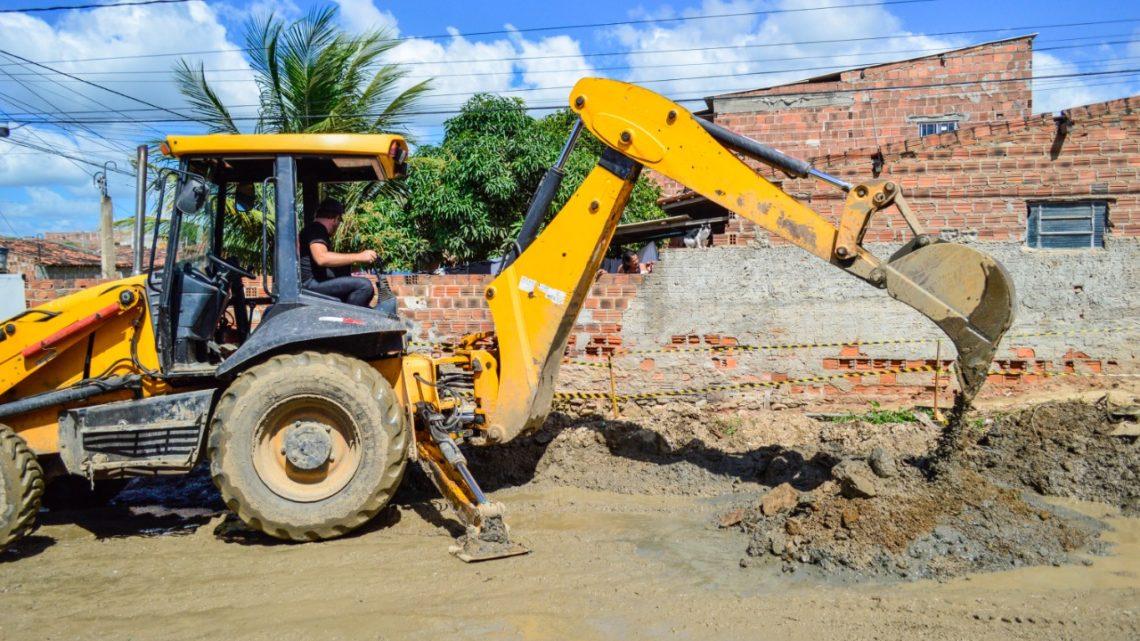 Prefeitura de Caruaru inicia obra de drenagem no canal do bairro José Carlos de Oliveira