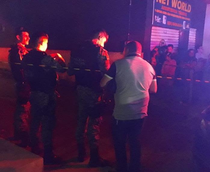 Jovem assassinado a pedradas e facadas em Caruaru