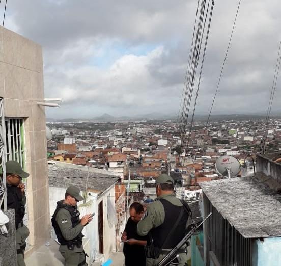 Homem é morto a tiros nas encostas do Monte Bom Jesus em Caruaru