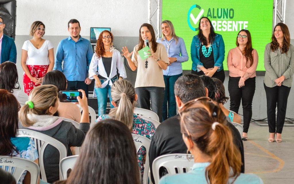 Raquel Lyra lança Programa Aluno Presente na rede municipal de Caruaru