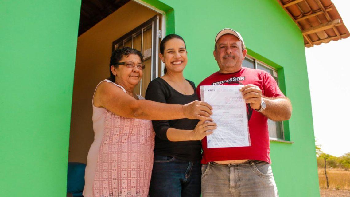 Prefeitura de Caruaru entrega mais 19 casas na zona rural