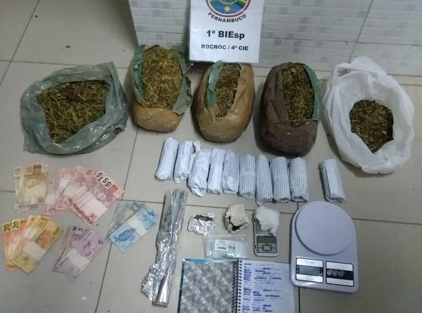 Homem detido e 4kg de entorpecentes apreendidos pela PM em Caruaru