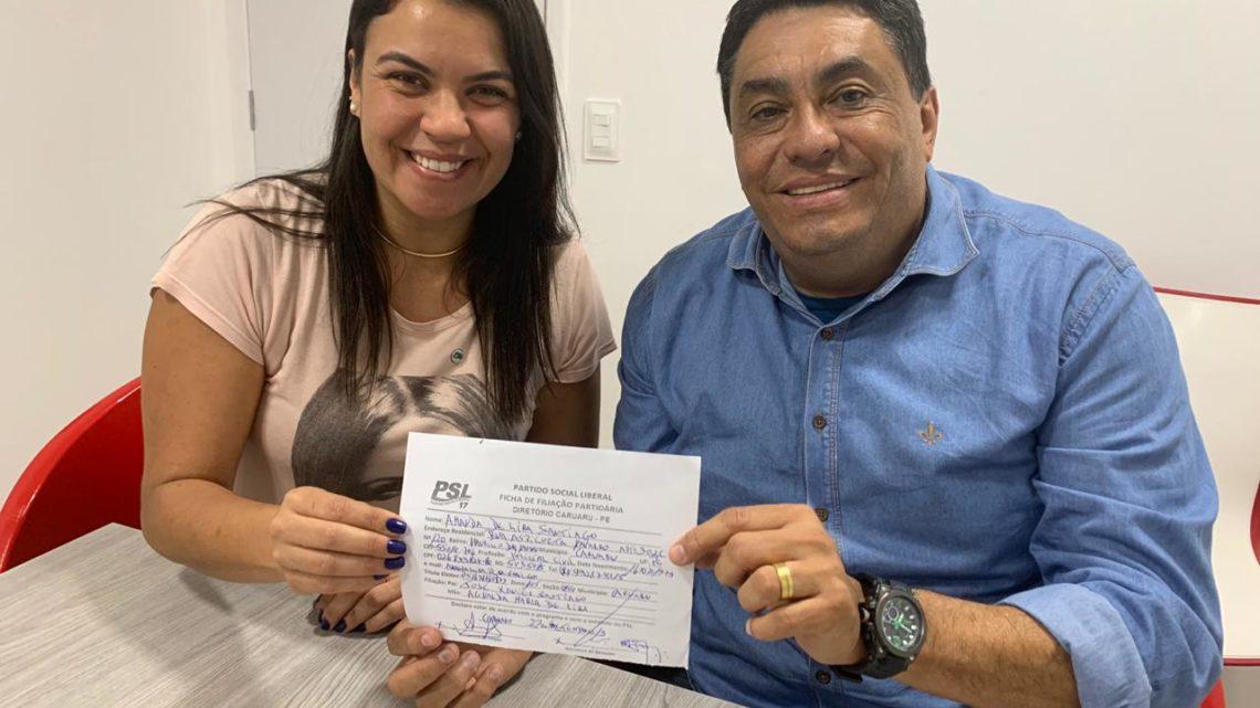 Amanda Lira assume a Vice presidencia do PSL Caruaru