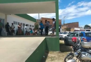 Duas crianças caem em cisterna e morrem afogadas em Caruaru