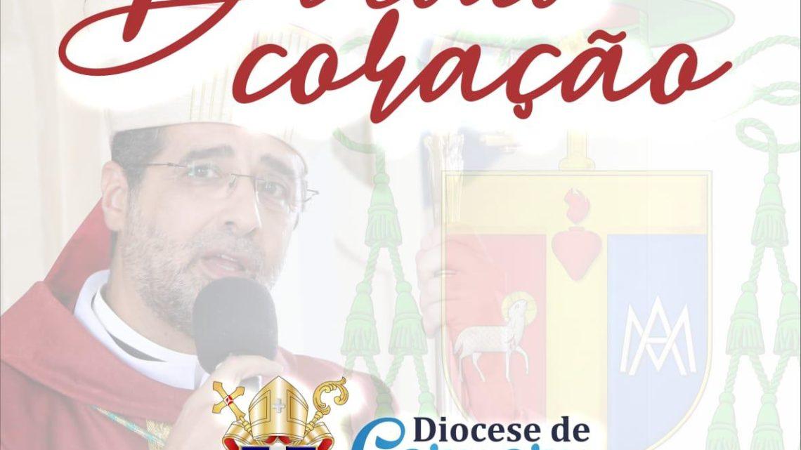 """Diocese de Caruaru lança o canal de podcast """"De Todo Coração"""""""
