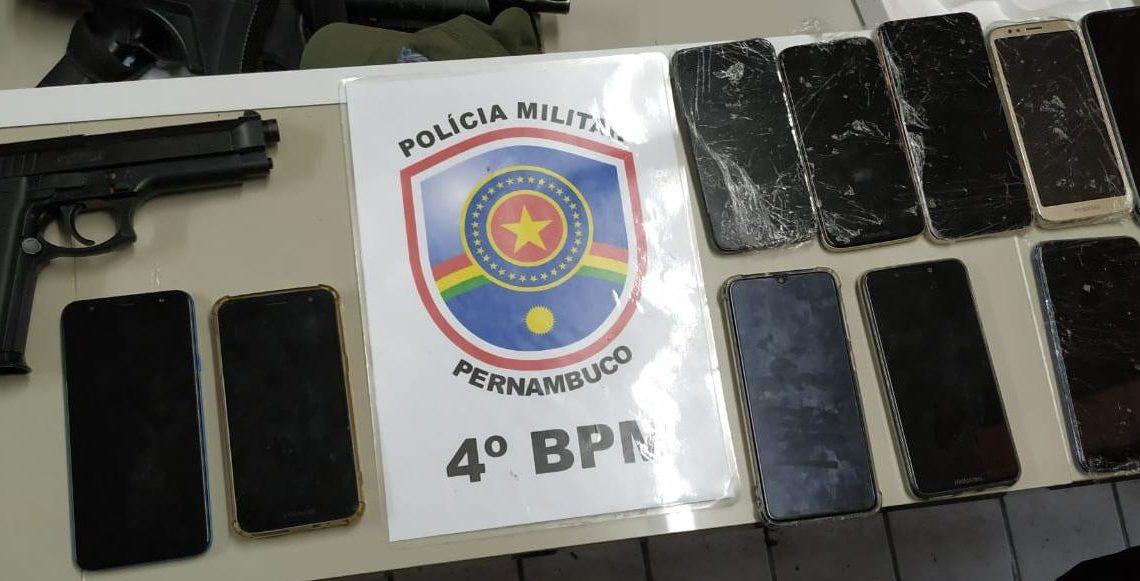 PM prende acusado de assalto em loja e recupera celulares em Bezerros