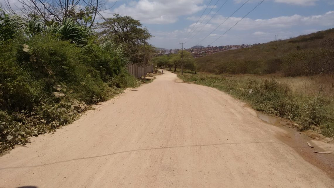 Prefeitura de Caruaru inicia obra de pavimentação em Gonçalves Ferreira