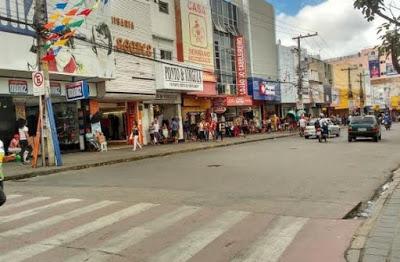 Comércio de Caruaru pode abrir no feriado da Padroeira do Brasil e feiras livres são antecipadas