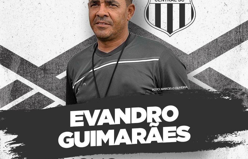 Novo técnico do Central se apresenta ao clube nesta terça (19)