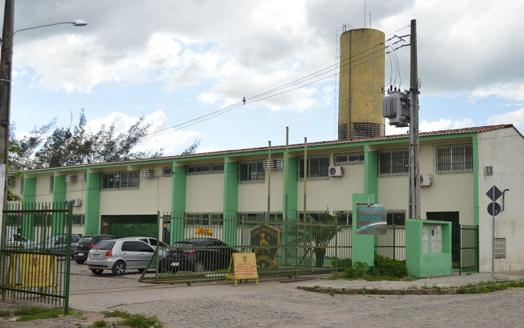 Reeducandos da Penitenciária de Caruaru vão produzir máscaras para hospitais