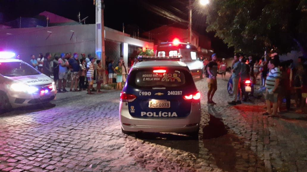 Homem sofre tentativa de homicidio em Caruaru e é socorrido para o HRA