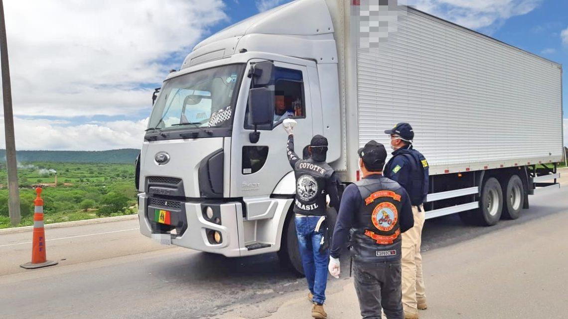PRF lança campanha de apoio a caminhoneiros nas rodovias federais de Pernambuco