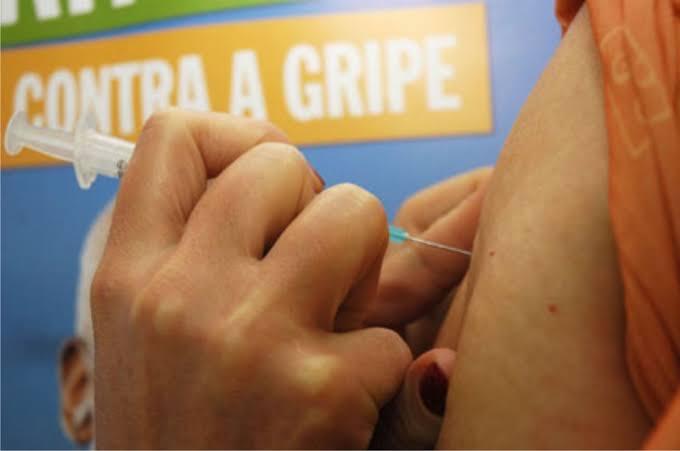 Vacina contra gripe retomada nesta segunda-feira (30) em Caruaru
