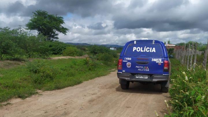 Corpo de suspeito é encontrado após sequestro e troca de tiros com a polícia em Caruaru