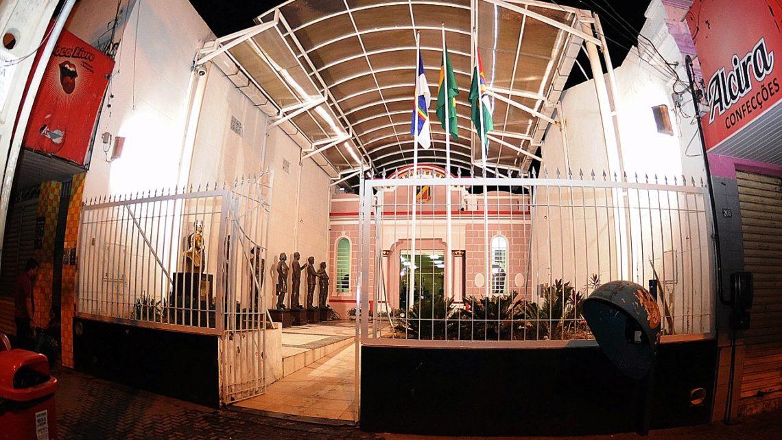 Vereadores de Caruaru autorizam que recursos voltem para o Executivo em situações de calamidade