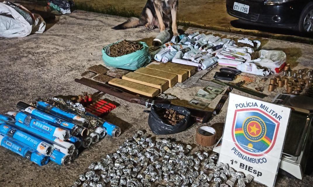 PM apreende drogas, arma e munições em Caruaru