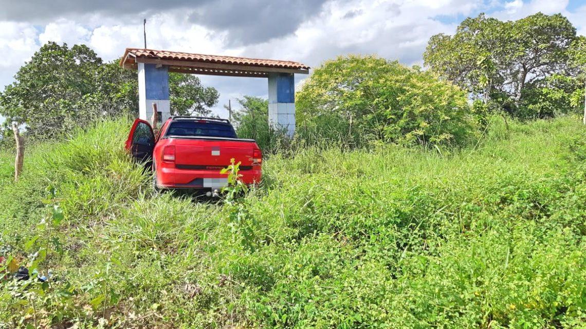 Foragido deixa filho em carro roubado para não ser preso em Garanhuns