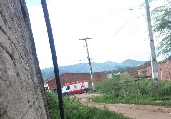 Criança de 3 anos morre após ser atingida por coluna de concreto em Caruaru