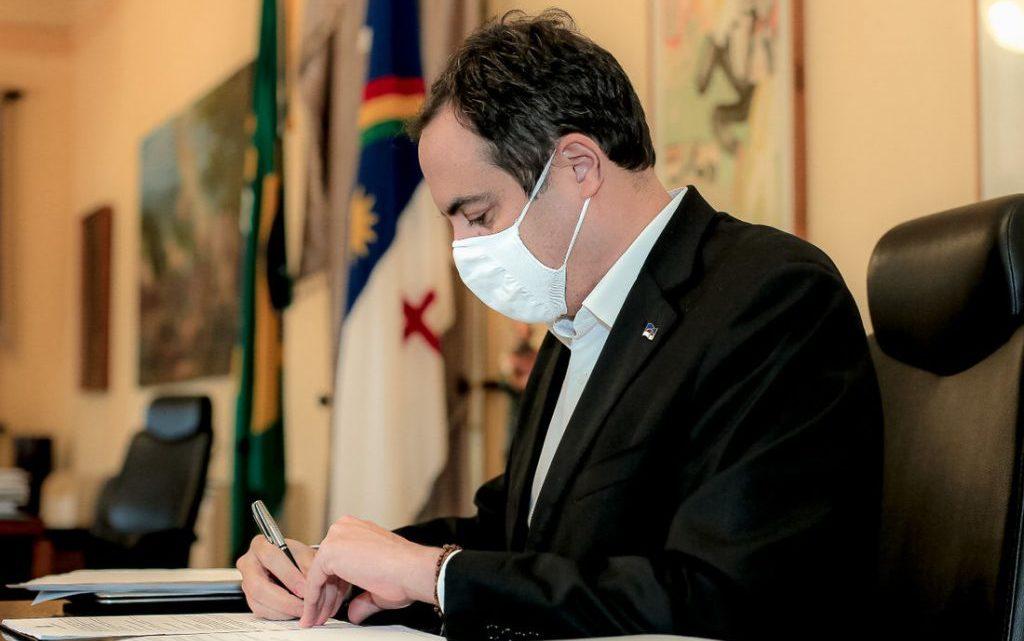 Lei torna uso de máscaras obrigatório em PE e empresa que descumprir pode ser multada
