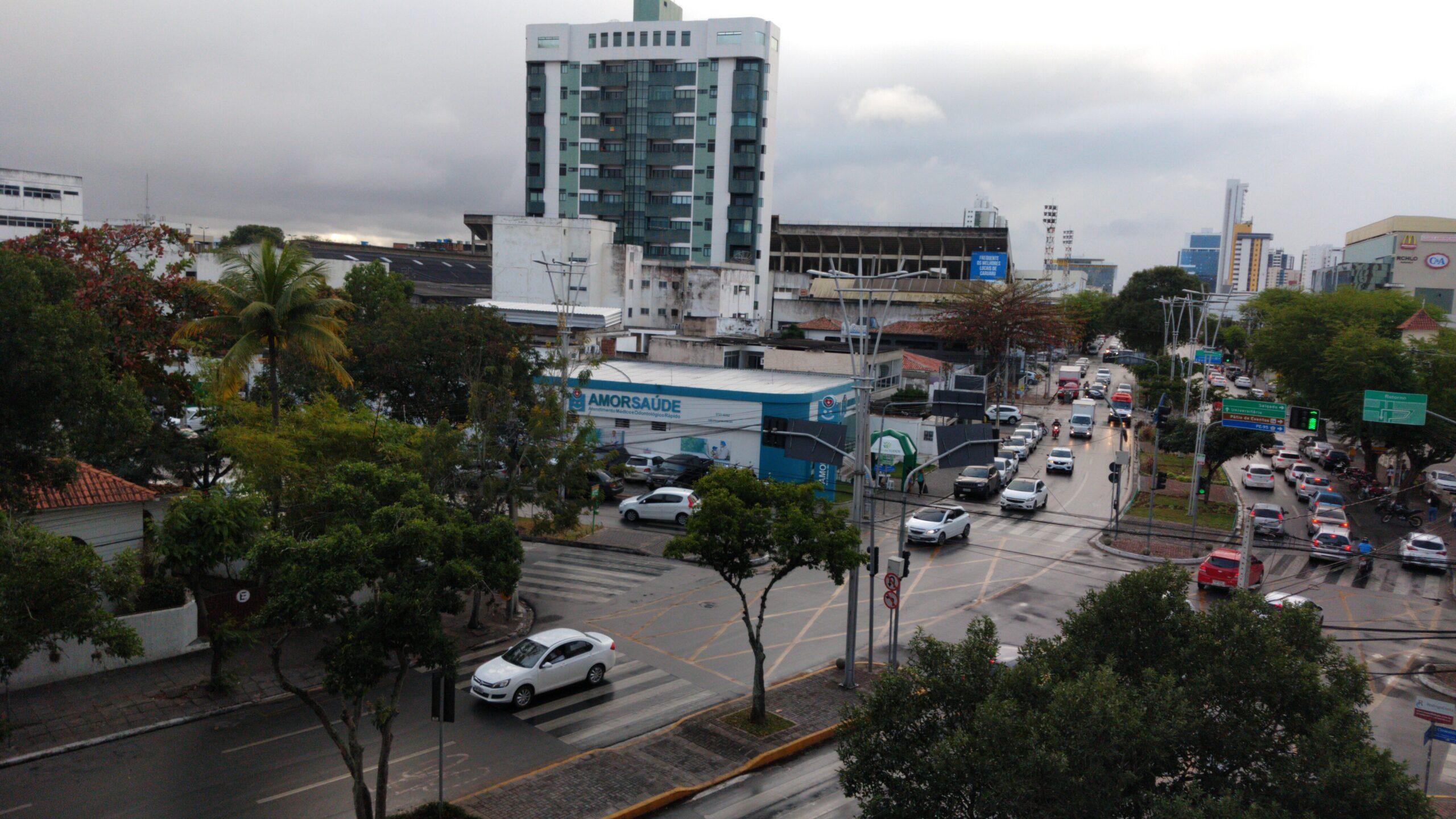 Comércio tradicional e centros de compras podem funcionar no dia 7 de setembro em Caruaru