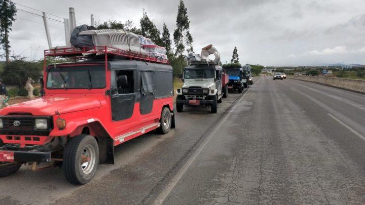 Fiscalização recolhe 19 veículos irregulares na BR 104 em Caruaru