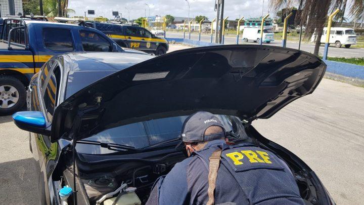 PRF recupera 11 veículos e detém 28 pessoas durante operação em Pernambuco
