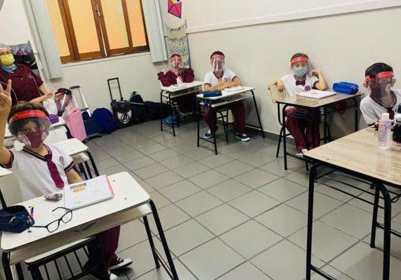 Rodízio em escolas pode ser adotado em retomada das aulas presenciais