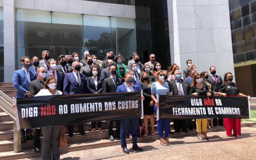 OAB Caruaru participa de ato contra aumento das custas judiciais