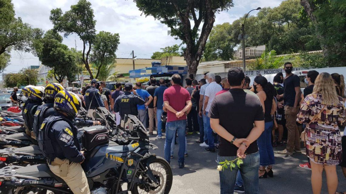 Policial assassinado em Recife é sepultado e irmãos suspeitos de cometer o crime se entregam à polícia