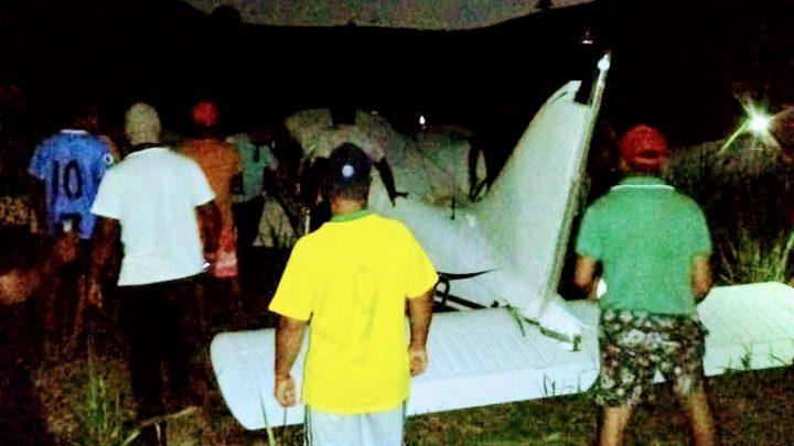 Avião monomotor faz pouso forçado em Tamandaré nesta segunda (18)