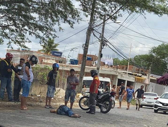 Homem é morto com golpes de faca em Caruaru neste sábado (30)