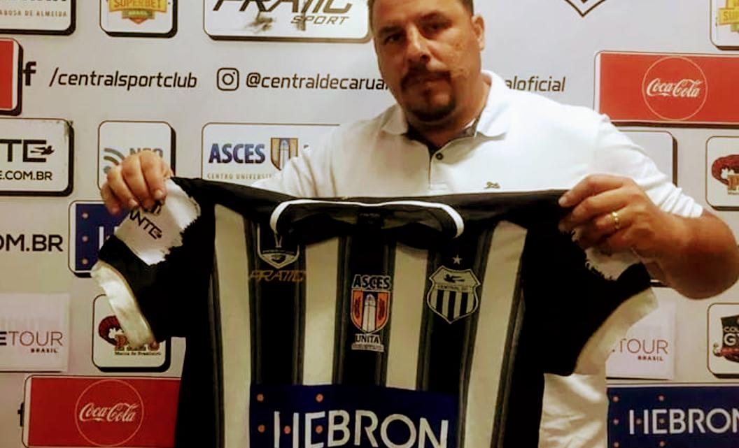 Central de Caruaru anuncia nome do técnico para o Pernambucano 2021