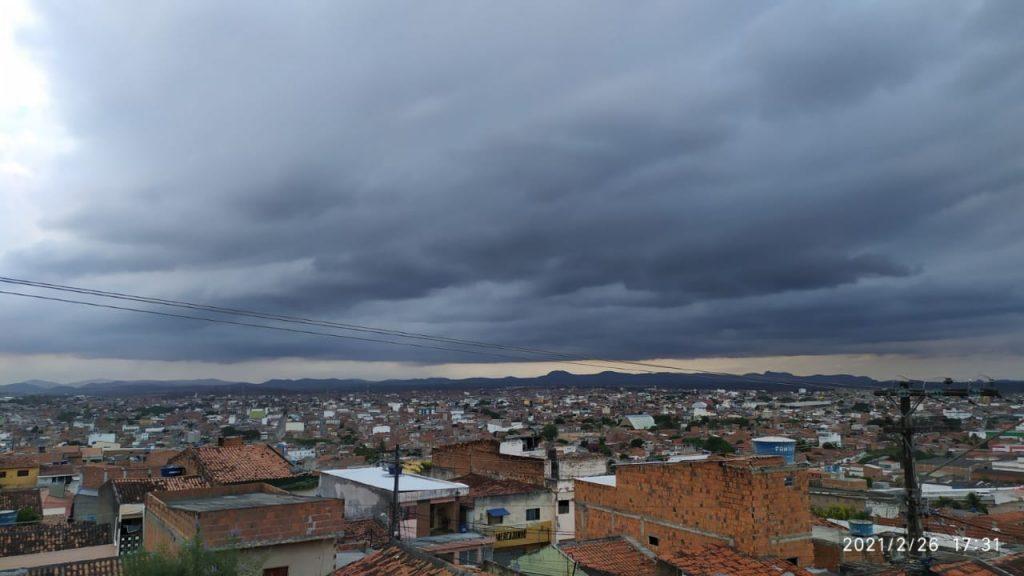 Apac emite novo alerta de possibilidade de chuva forte para Pernambuco