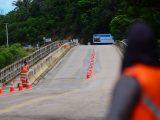 Estado vistoria a conclusão da recuperação estrutural da ponte sobre o rio Ariquindá, no acesso à Praia de Carneiros