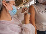 Caruaru começa a vacinar idosos a partir de 80 anos contra a Covid-19