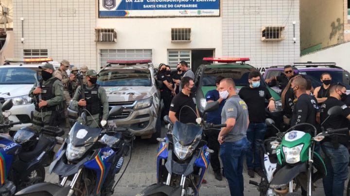 Policiais prestam homenagem ao delegado Anderson Liberato que foi morto a tiros