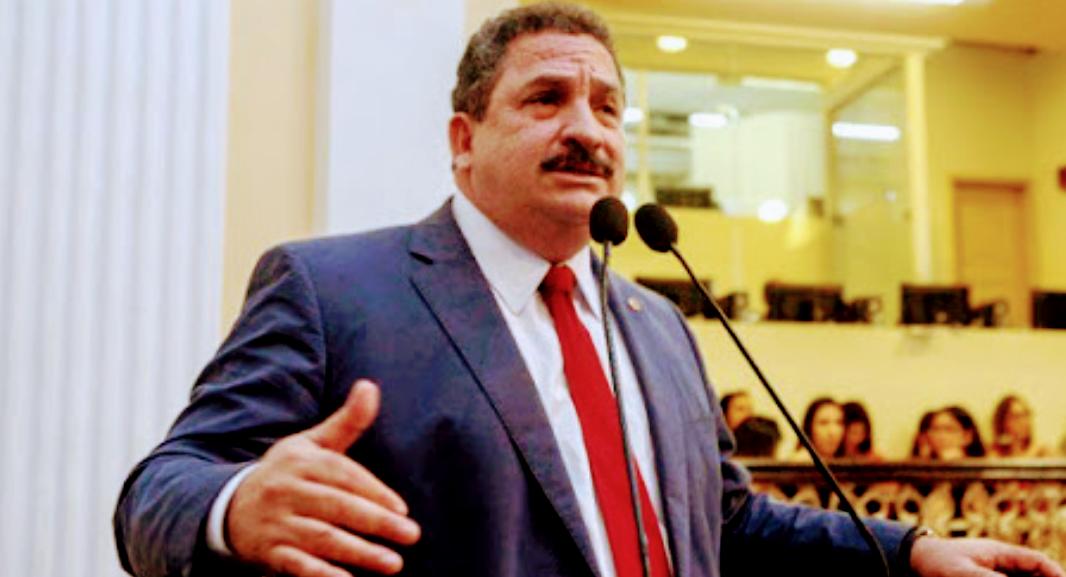 Eriberto Medeiros presidente da Alepe participa da reunião da Câmara de Caruaru nesta quinta (8)