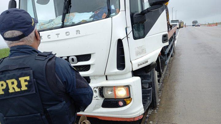 PRF recolhe 150 veículos irregulares durante operação em Pernambuco