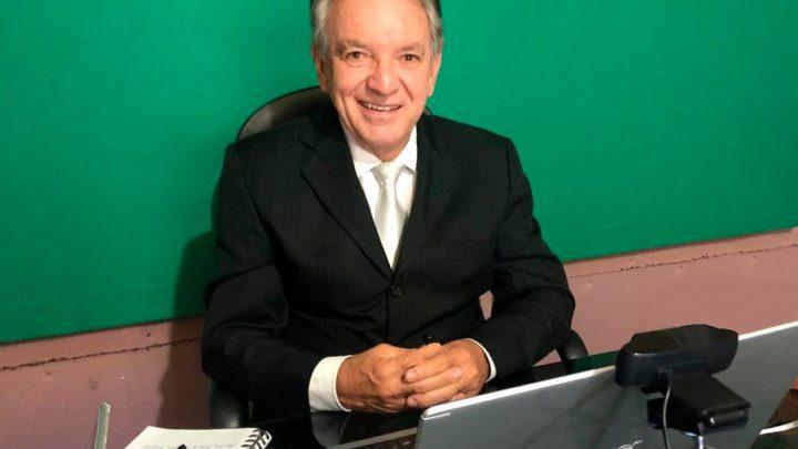 Lula Tôrres pede que a prefeitura aumente o valor destinado a auxílio dos artistas de Caruaru