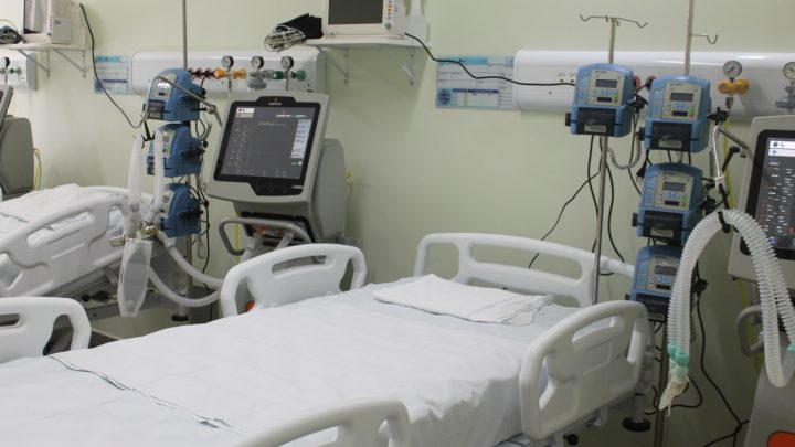 Hospital de Campanha de Caruaru abre novos leitos de UTI Covid nesta quinta-feira (17)