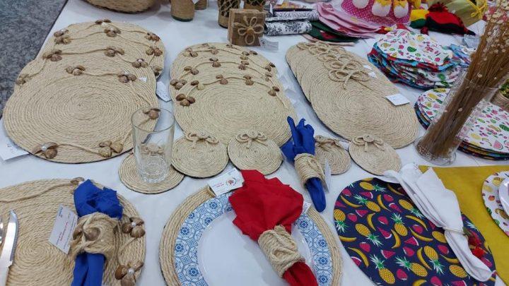Exposição de artesanato da Funase é retomada em shopping de Caruaru