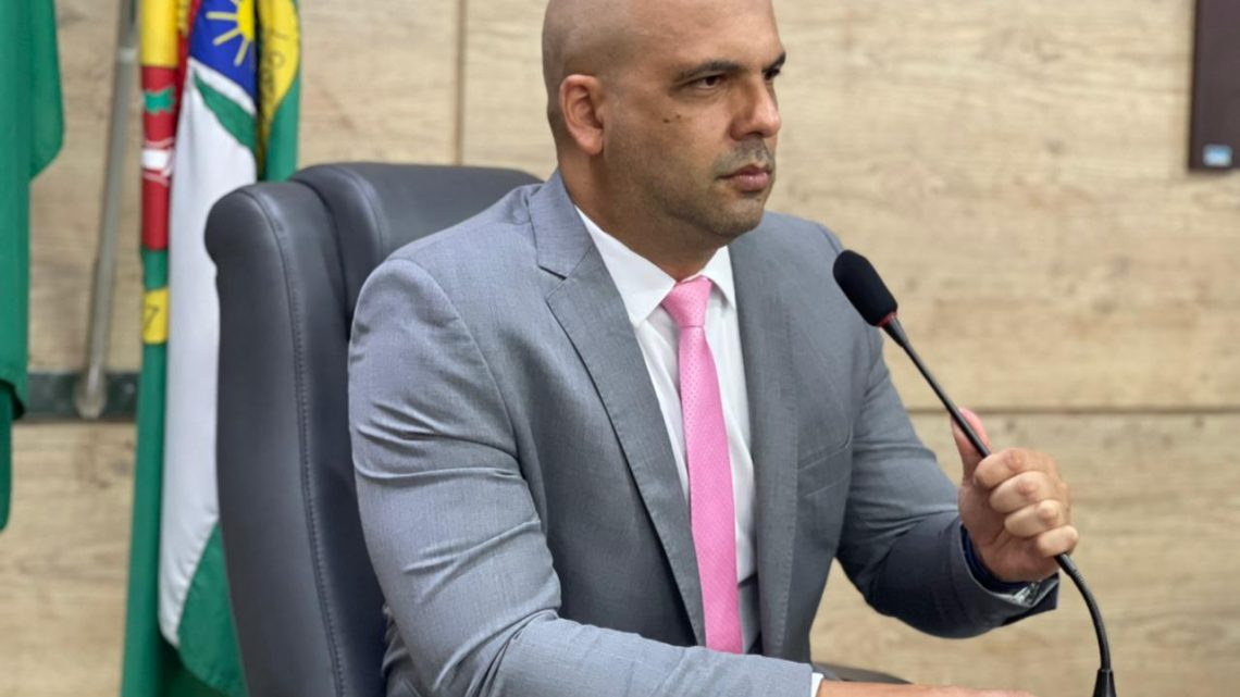 Anderson Correia apresenta dois novos Projetos de Lei em prol da causa animal