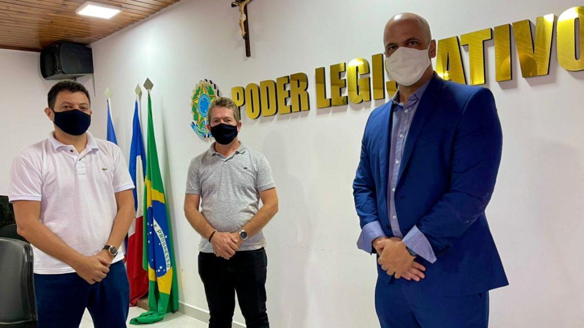 Anderson Correia ministra palestra na Câmara Municipal de Lagoa dos Gatos